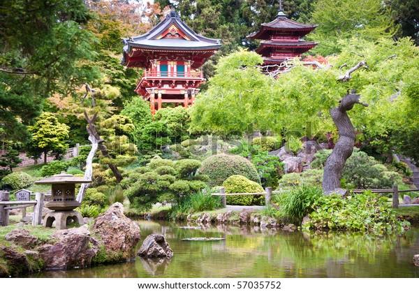 サンフランシスコの金門公園にある日本の茶園。