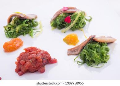 Japanese wakame salad with veal steak tartar