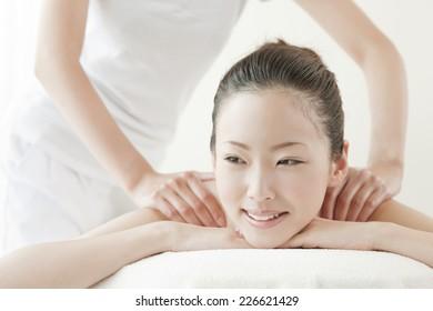 Japanese woman receiving oil massage