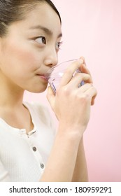 Japanese woman who drinks water