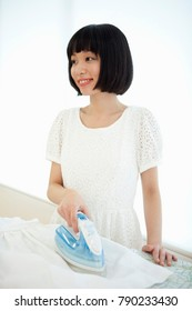 Japanese women are using the iron