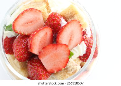 jar dessert, strawberry cake in glass bottle for Yorker food iimage