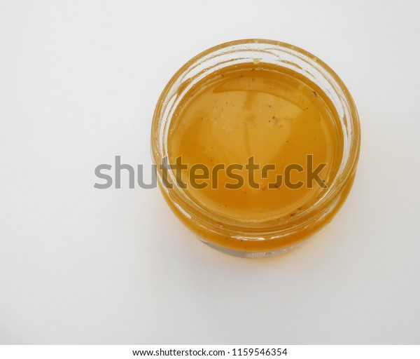 jar-yellow-liquid-lime-honey-600w-115954
