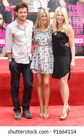 Jason Bateman, Jennifer Aniston and Chelsea Handler at Jennifer Aniston's Hand & Footprint Ceremony, Grauman's Chinese Theatre, Hollywood, CA. 07-07-11