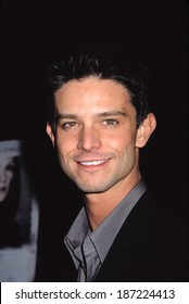 Jason Behr at premiere of THE SHIPPING NEWS, NY 12/17/2001
