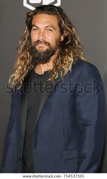 Jason Momoa at the World premiere of 'Justice League' held at the Dolby Theatre in Hollywood, USA on November 13, 2017.