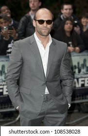 Jason Statham arriving for the UK Premiere of SAFE IMAX Cinema  Waterloo  London 30th April 2012 Pics by Simon Burchell / Featureflash