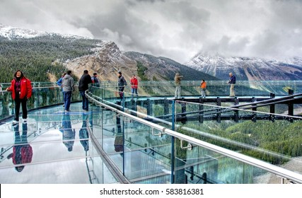 JASPER N.P - CANADA  - 9 / 11/ 2016 ; Glacier skywalk near the famous icefield parkway road from Banff to Jasper