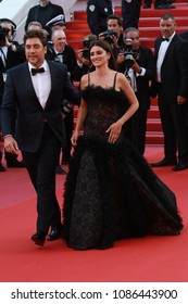 Javier Bardem and Penelope Cruz attend the screening of 'Everybody Knows (Todos Lo Saben)' and the opening gala during the 71st annual Cannes Film Festival on May 8, 2018 in Cannes, France