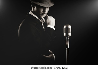 Jazz musician. Night club. Cotton club. New Orleans.