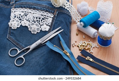Jeans decorated with lace and beads
