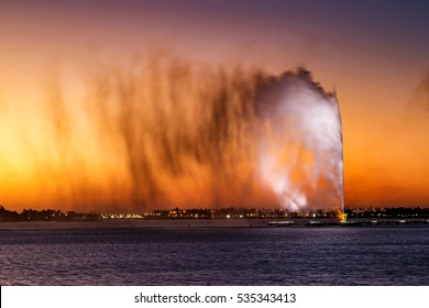 JEDDAH, SAUDI ARABIA - JAN 17: King Fahd's Fountain also known as the Jeddah Fountain on Jan 17, 2015 in Jeddah, Saudi Arabia. With a height of about 200 m it's the tallest of its type in the world
