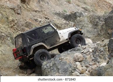 jeep rock climbing