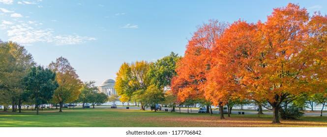 Jefferson Memorial in fall