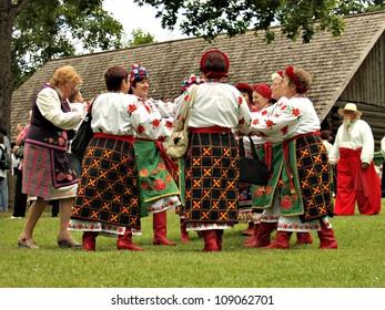 Women Dancing Latvian