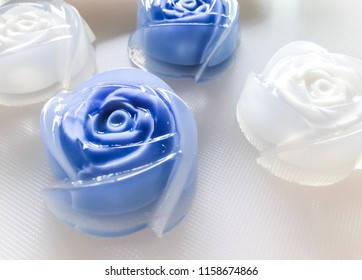 Jelly Blue and white rose shape.