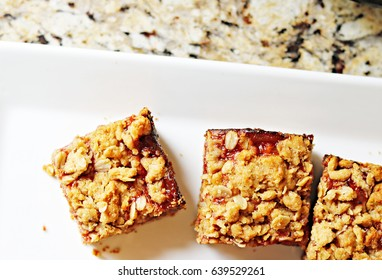 Jelly Oat Bar Squares