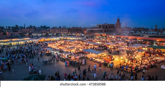 Jemaa el-Fnaa square at evening - Marakech, Morocco