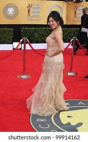 Jenna Ushkowitz  at the 17th Annual Screen Actors Guild Awards, Shrine Auditorium, Los Angeles, CA. 01-30-11