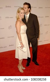 Jennie Garth and Peter Facinelli  at the 11th Annual Lili Claire Foundation Benefit Dinner and Concert Gala, Santa Monica Civic Center, Santa Monica, CA. 10-04-08