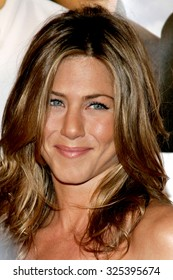 """Jennifer Aniston at The Warner Brothers World Premiere of """"Rumor Has It"""" held at The Grauman's Chinese Theater  in Hollywood, California on December 15, 2005."""