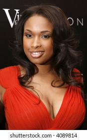 Jennifer Hudson attends a reception following the Global Summit For A Better Tomorrow at the United Nations on March 7, 2007 in New York City.