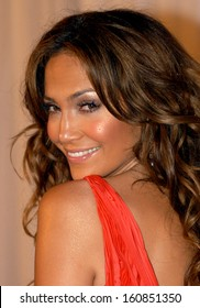 Jennifer Lopez at NOCHE DE NINOS, a benefit for Childrens Hospital Los Angeles, at the Beverly Hills Hilton, CA October 2, 2004