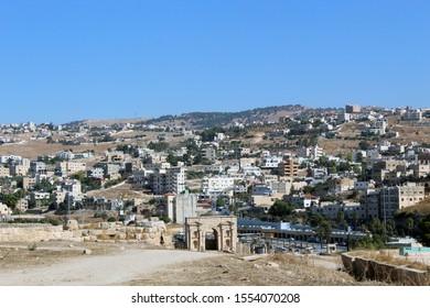 Jerash (Gerasa), ancient roman capital and largest city of Jerash Governorate, Jordan, north gate