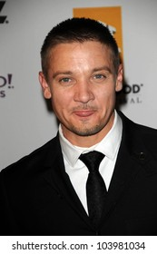Jeremy Renner  at the 13th Annual Hollywood Awards Gala. Beverly Hills Hotel, Beverly Hills, CA. 10-26-09