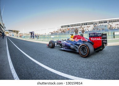 JEREZ, SPAIN - FEBRUARY 11: Sebastian Vettel testing his new Red Bull Racing RB9 F1 car on the first Test at the Jerez Circuit in Jerez, Andalucia, Spain on Feb. 11, 2013.