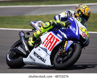 JEREZ, SPAIN - MAY 2: Italian rider Valentino Rossi of Fiat Yamaha team during the qualifying practice of GP betandwind.com of Spain, May 2, 2009 in Jerez de la Frontera, Spain