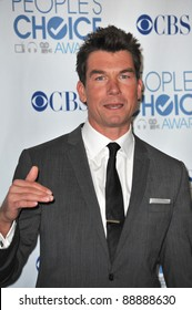 Jerry O'Connell at the 2011 Peoples' Choice Awards at the Nokia Theatre L.A. Live in downtown Los Angeles. January 5, 2011  Los Angeles, CA Picture: Paul Smith / Featureflash