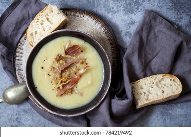 Jerusalem artichoke soup with walnut, ginger and parma ham crumb