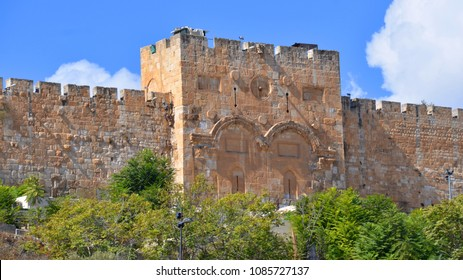 JERUSALEM ISRAEL 23 10 2016: Golden Gate is the only eastern gate of the Temple Mount is 1 of only 2 that used to offer access into the city from that side. It has been walled up since medieval times