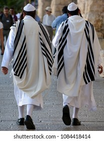 JERUSALEM ISRAEL 26 10 2016: Hasidism men is Jewish religious sect. It arose as a spiritual movement in contemporary Ukraine during the 18th Century and spread rapidly through Eastern Europe