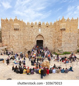 JERUSALEM, ISRAEL - APRIL 12: Damascus Gate - the most visited entrance to Old City of Jerusalem and street market during the Jewish Pesach (Passover) on April 12, 2012 in Jerusalem, Israel