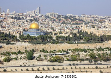 Jerusalem, view of the old town from the Mount of Olives. Jerusalem Old city and the Temple Mount, Dome of the Rock and Al Aqsa Mosque from the Mount of Olives in Jerusalem, Israel