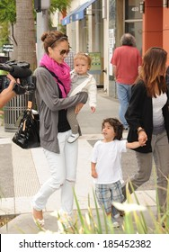 Jessica Alba, her daughter, Honor Marie Warren out and about for Jessica Alba Visits a Toy Store with her Daughter, Tom's Toys, Beverly Hills, CA May 30, 2009