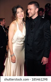 Jessica Biel, in ivory satin gown by Ralph Lauren, Justin Timberlake at American Woman: Fashioning National Identity Co-Hosted by GAP, Costume Institute, Metropolitan Museum of Art, NY May 3, 2010
