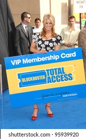 JESSICA SIMPSON at the launch of Blockbuster Total Access video rental service in Hollywood. November 2, 2006  Los Angeles, CA Picture: Paul Smith / Featureflash