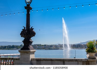 The Jet d'eau, landmark of the city of Geneva, Switzerland. 500l water/s are jetted 140m high at up to 200 km/h on Lake Leman / Lake Geneva by this fountain.