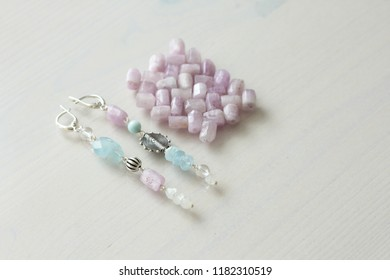 Jewelry made of natural stones and silver. Aquamarine, larimar, kunzite, moonstone. Handmade. Asymmetric jewelry. Asymmetry. Bracelets and earrings made of natural stones.
