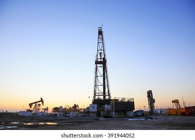 Jidong oilfield - February 8: oil drilling derrick, on February 8, 2016, jidong oilfield, caofeidian, hebei, China