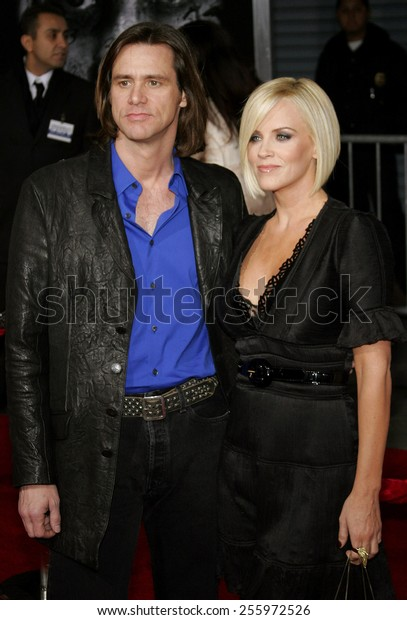 """Jim Carrey and Jenny McCarthy attend the Los Angeles Premiere of """"The Number 23"""" held at the Orpheum Theater in Los Angeles, California on February 13, 2007."""