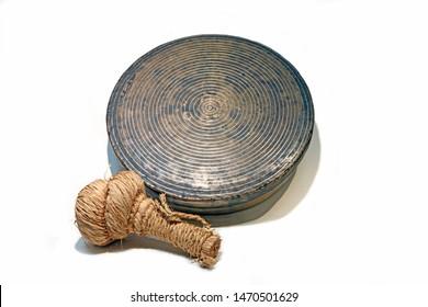 jing - gong (Korean traditional musical instrument)