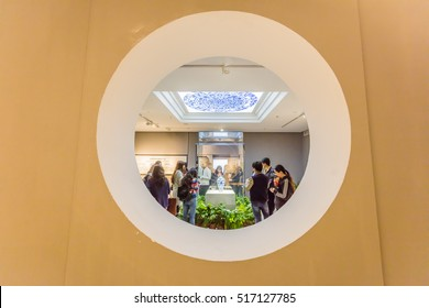 Jingdezhen, China -2016 March 29th: Art College Students in the Chinese ceramic art museum to visit ancient Chinese ceramics.