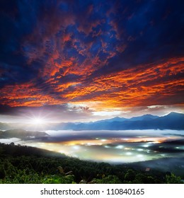 Jinlong mounain sunrise, Taiwan