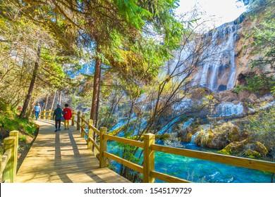 jiuzhaigou water fall national park china