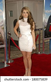Joanna 'JoJo' Levesque at RV Premiere, Mann's Village Theatre in Westwood, Los Angeles, CA, April 23, 2006