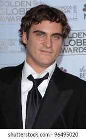 JOAQUIN PHOENIX at the 63rd Annual Golden Globe Awards at the Beverly Hilton Hotel. January 16, 2006  Beverly Hills, CA  2006 Paul Smith / Featureflash
